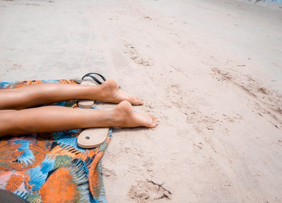 Curare la pelle in estate (Photo by Matheus Vinicius on Unsplash)